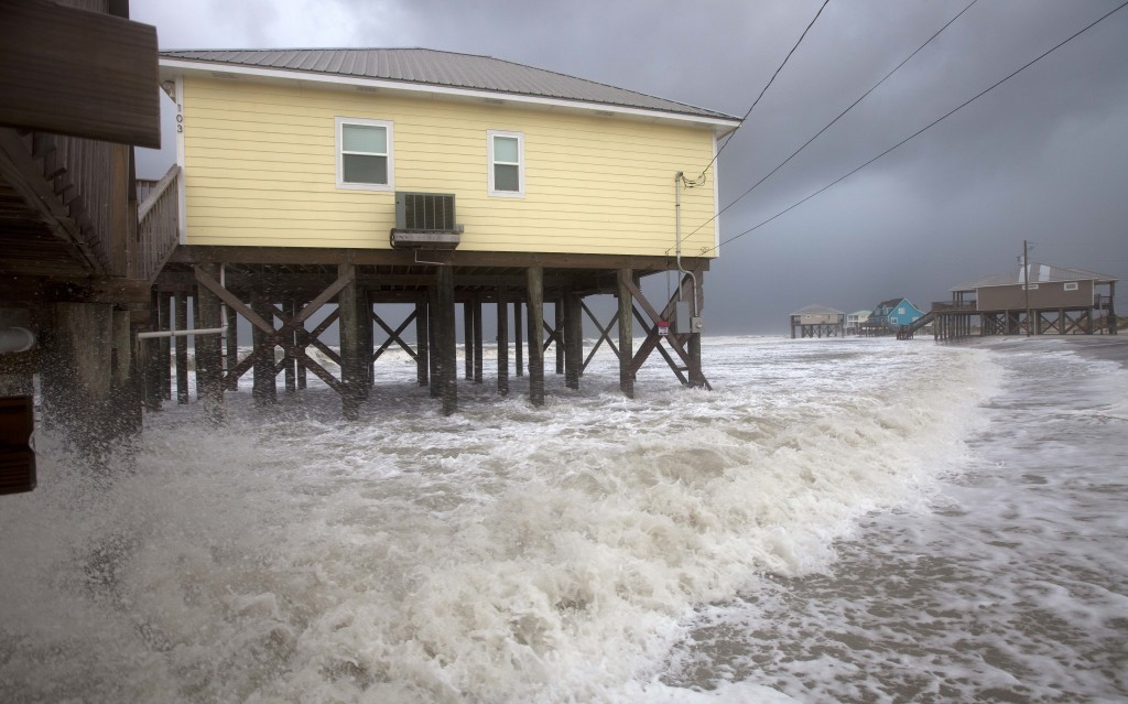 Alabama Coastal Residents Bracing for Major Flood ...