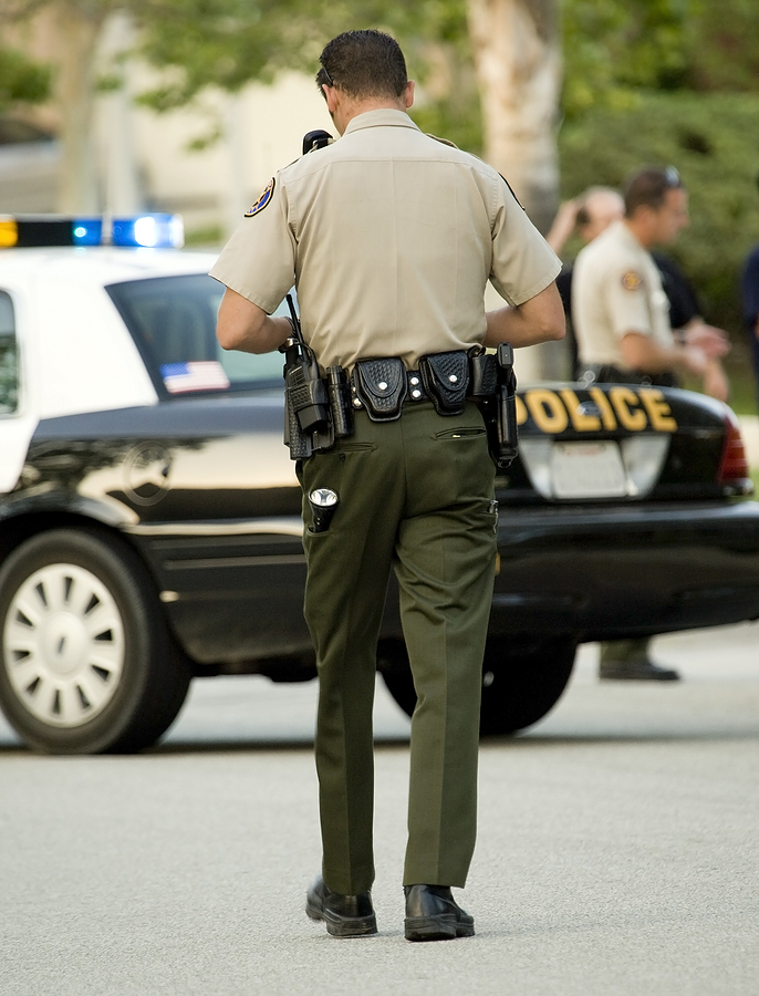 how to become a law enforcement officer