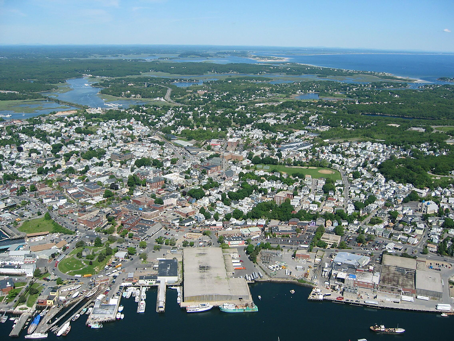 New England town