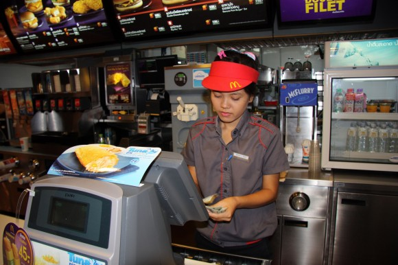 Fast Food Worker Average Hours
