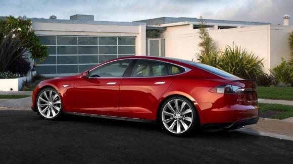 Investigation Concludes Tesla Not at Fault in Self-Driving Car Crash
