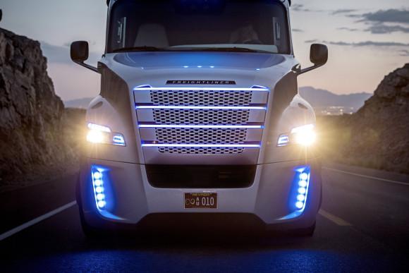 Freightliner Inspiration autonomous truck (Daimler Trucks North America)
