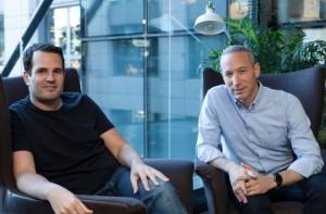 Shai Wininger (l) and Daniel Schreiber, founders of P2P insurer Lemonade