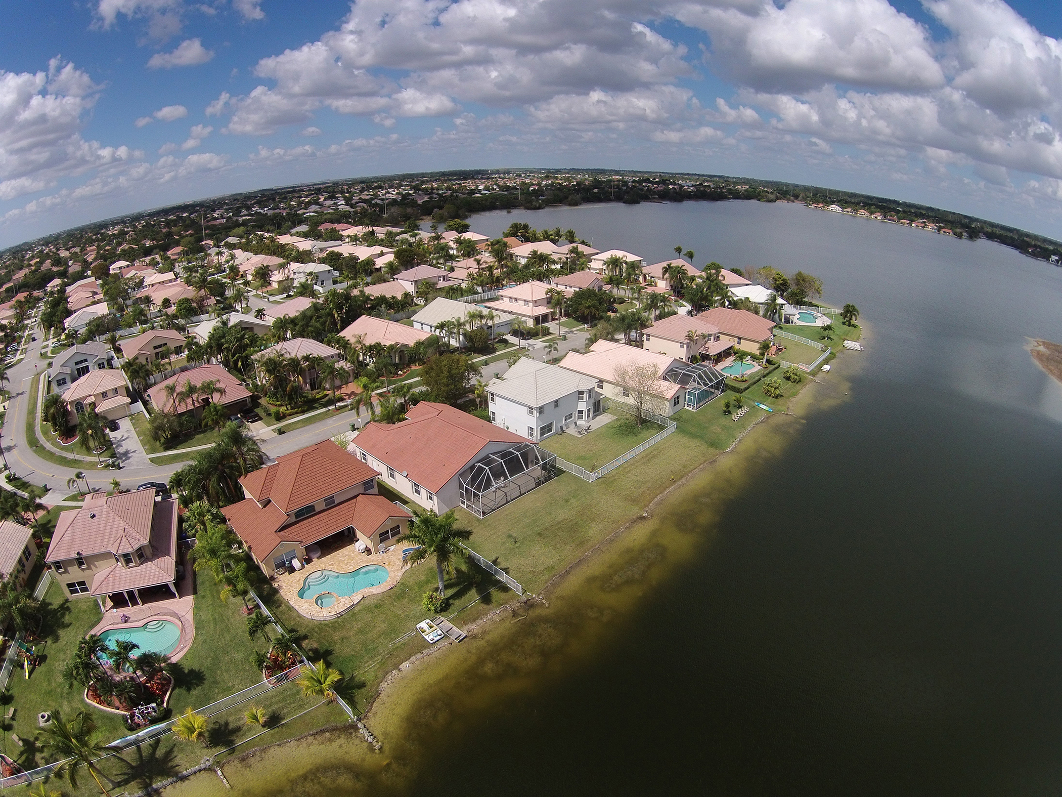 Florida 39 s homeowners choice secures nearly 1b in reinsurance for Homeowner choice