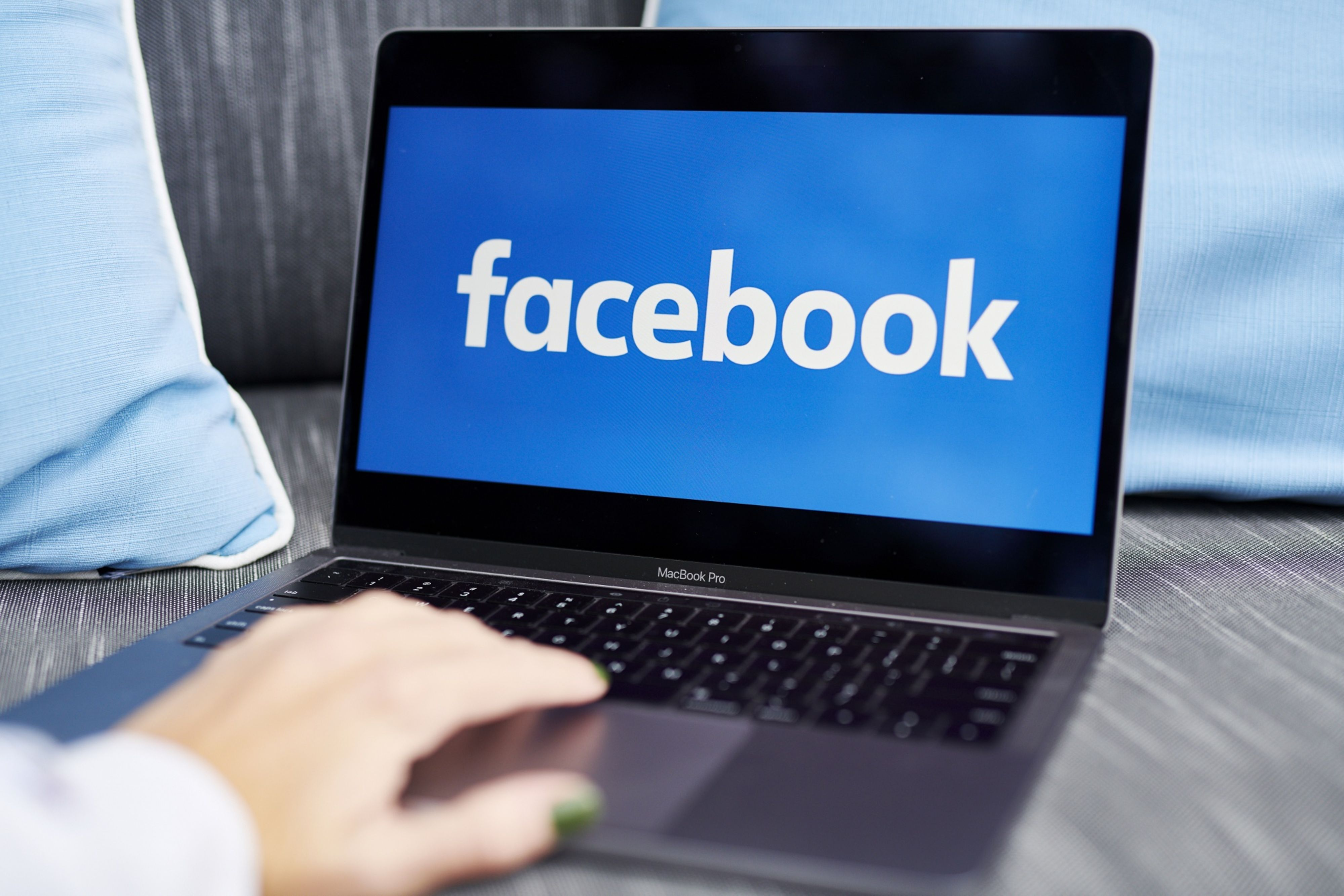 Facebook Faces Uk Legal Action Involving Cambridge Analytica Scandal So can you have multiple facebook accounts? https www insurancejournal com news international 2020 10 29 588656 htm