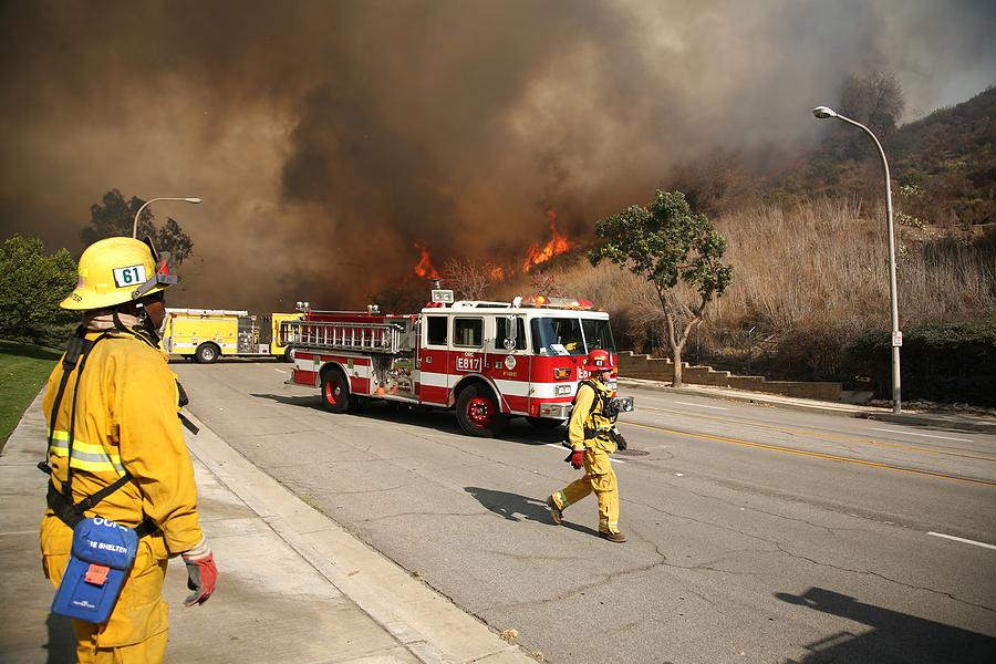 wildfire firefighers