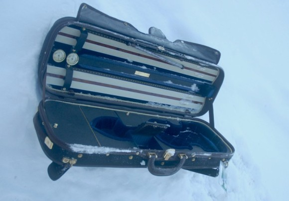 The discarded violin case.